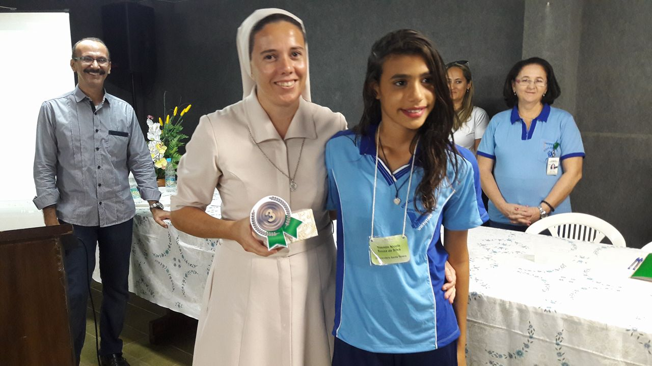 3º Lugar: Educandário Santa Tereza - Yasmim Nicole Souza