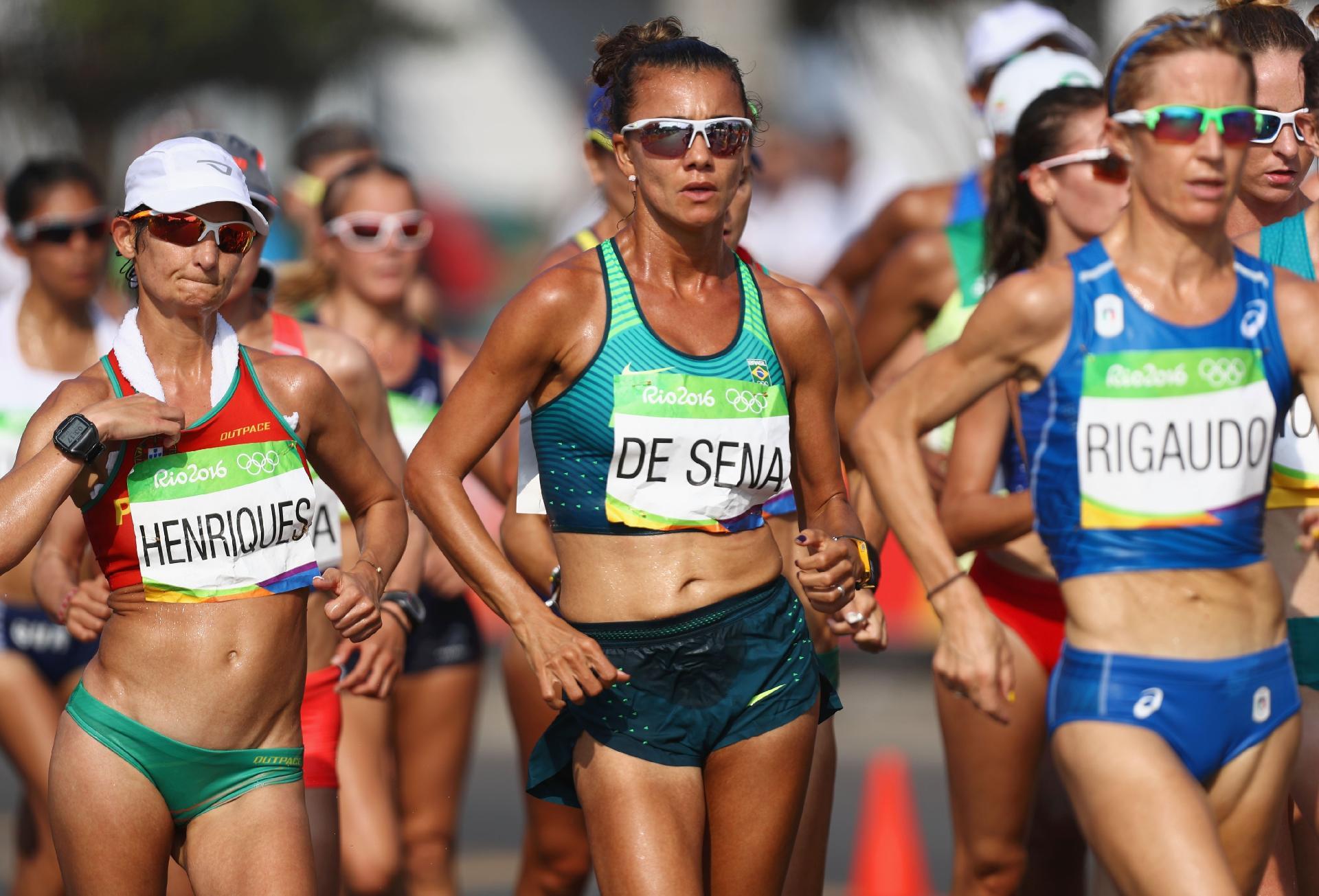 erica-de-sena-chega-no-7-lugar-na-marcha-atletica-de-20-km-na-rio-2016-1471637281574_v2_1920x1305